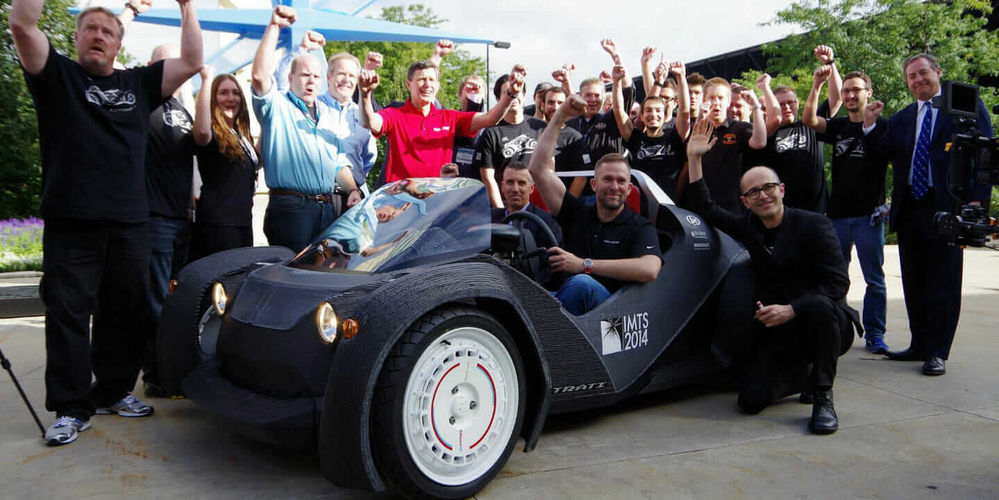 local_motors_team_strati_ev