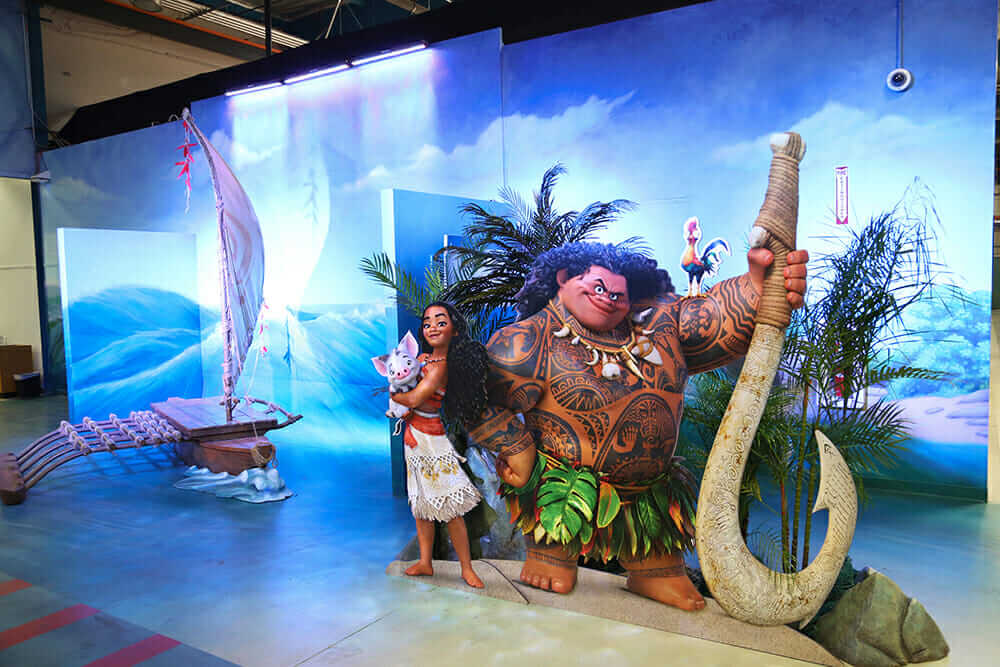moana animation life-size moana and maui on set