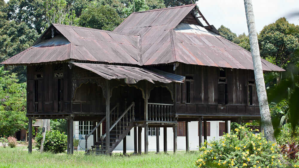 A Malay house, common in Malaysia and Singapore.