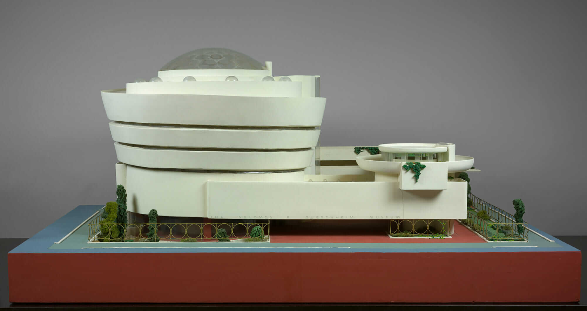 frank lloyd wright design guggenheim model