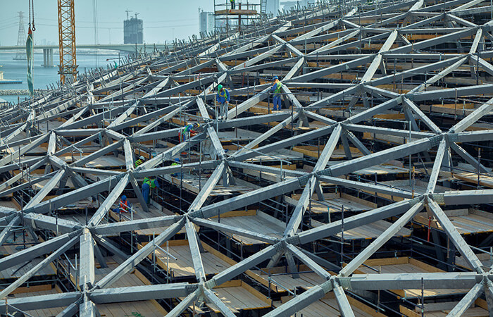 louvre abu dhabi dome roof under construction