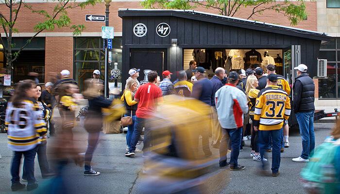 mobile retail boston bruins flexetail