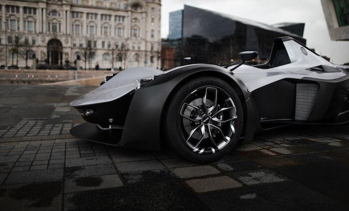 mono car bac wheel