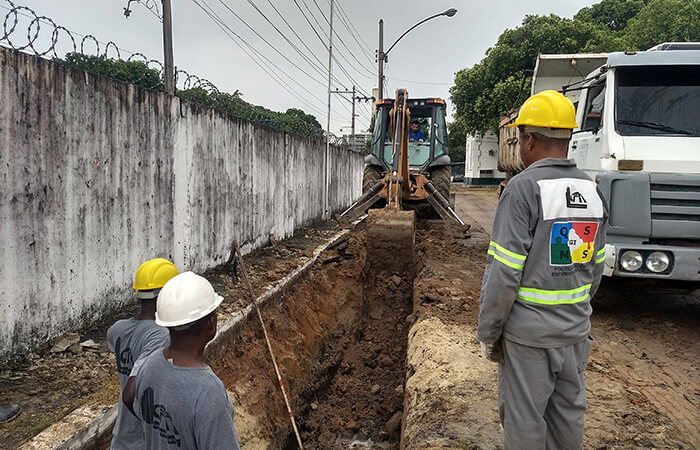 guanabara bay rio digging a trench