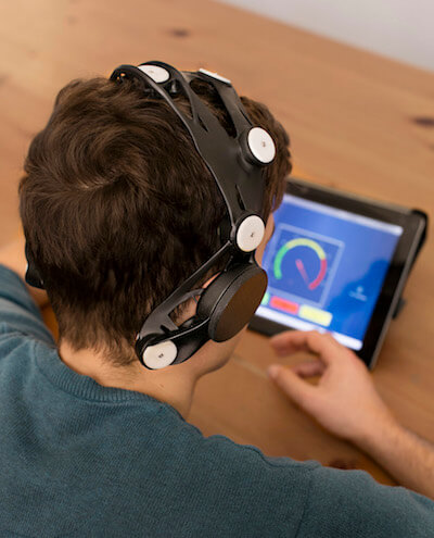 generativ design in manufacturing custom eeg headset