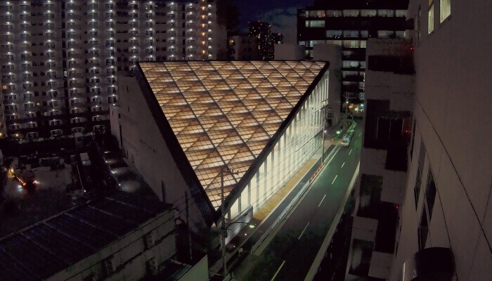 how bim helps construction rooflag at night
