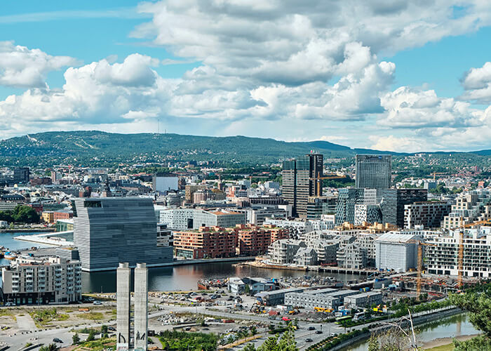 The City of Oslo has implemented several measures to reduce the library's greenhouse gas emissions.