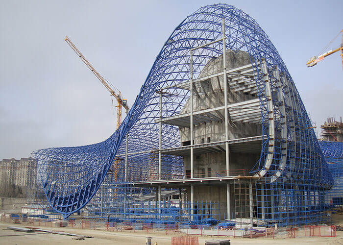 A view of the Heydar Aliyev Center's sweeping curves while under construction.
