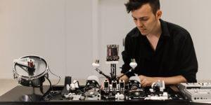 Technomusik klingt wie von Robotern gemacht – wird sie neuerdings auch