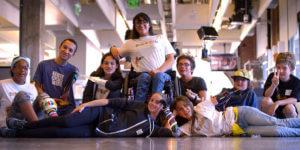 Mit Technik transformieren junge Menschen ihre Körperbehinderung zur Superpower