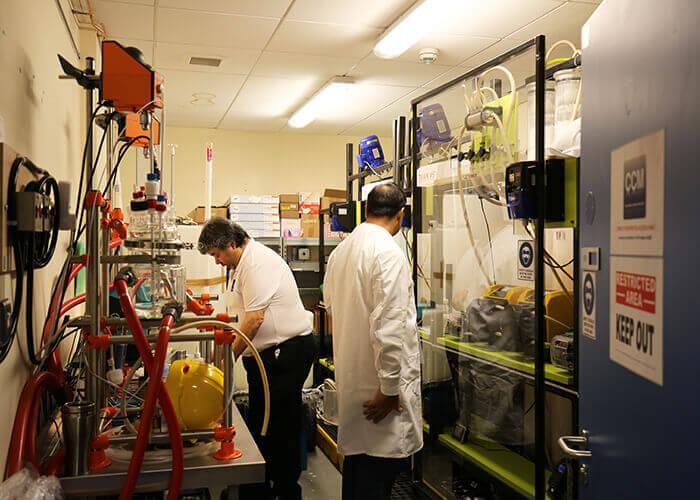 CCM verfolgt ehrgeizige Pläne zur Umwandlung von CO₂ in gefällte Kalziumcarbonate zur Weiterverarbeitung in Papierbeschichtungen, Kunststoffen und Pharmazeutika. Mit freundlicher Genehmigung von CCM.