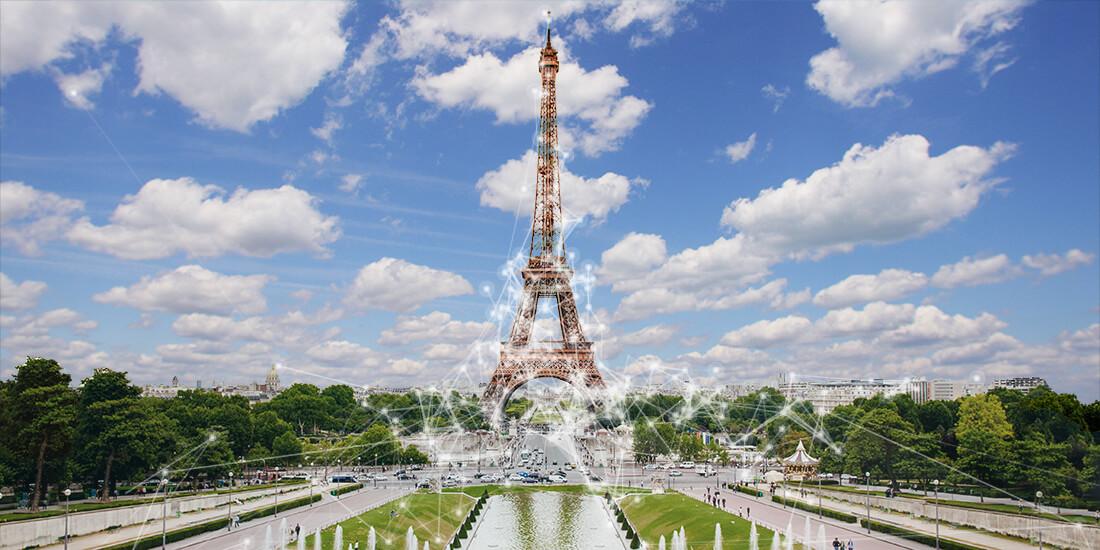 Die Stadt Paris organisierte einen Wettbewerb für die Sanierung des Eiffelturms und der 54 Hektar, die ihn umgeben, für Gruppen von Architekten, Stadtplanern, Ingenieuren, Landschaftsarchitekten und Soziologen.