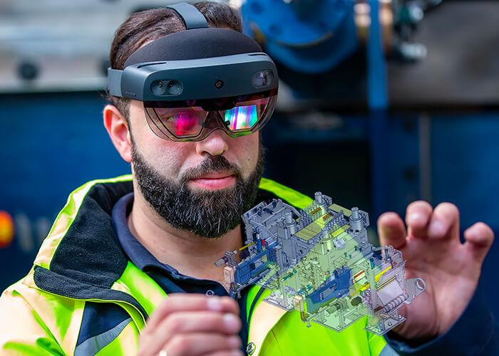 Industrie 4.0: Der Einsatz vonHololens-Datenbrillen ermöglicht Fernwartung und Remote-Inbetriebnahme von Anlagen.
