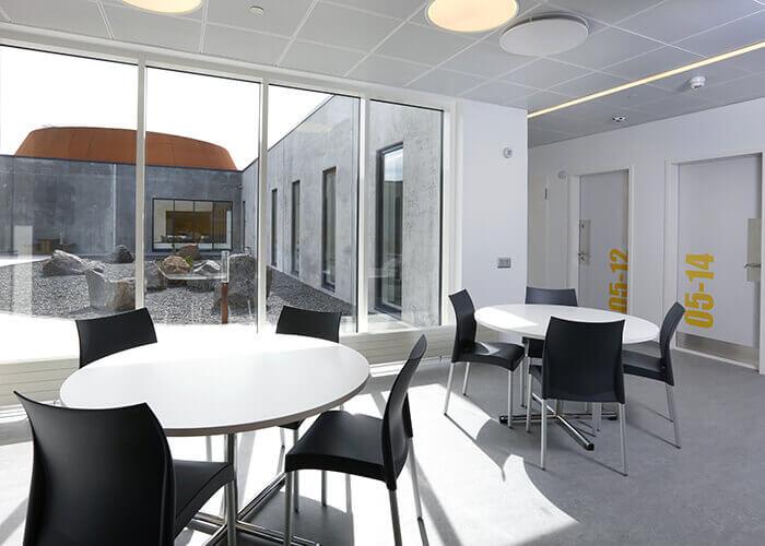 Entwürfefür die JVAim skandinavischen Architektur-Stil