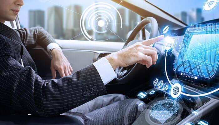 Erfolgreiche Branchenkonvergenz zwischen Technologiebranche und Automobilbau