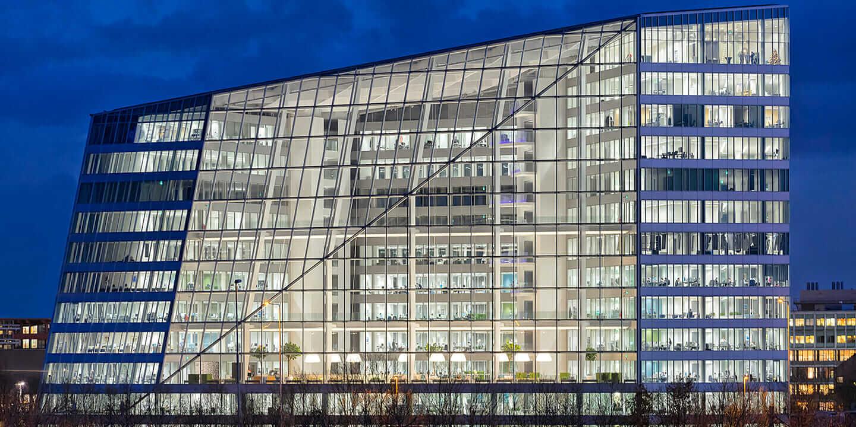 照明テクノロジー The Edge ビル アムステルダム