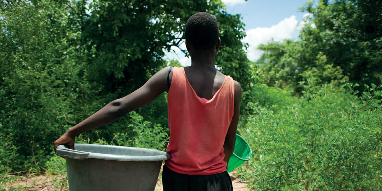 水 発展途上国 Water for People