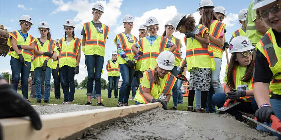 建設業 女性