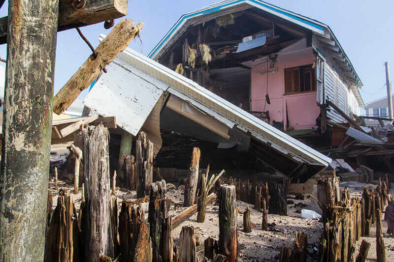 災害に強い 工法hurricane proof building home destroyed by Hurricane Sandy