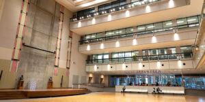 工学院大学が取り組む、製造・建築の各分野における 3 次元教育の現場