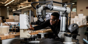 ロボットと建築を融合した MRAAD が変革する建物の未来
