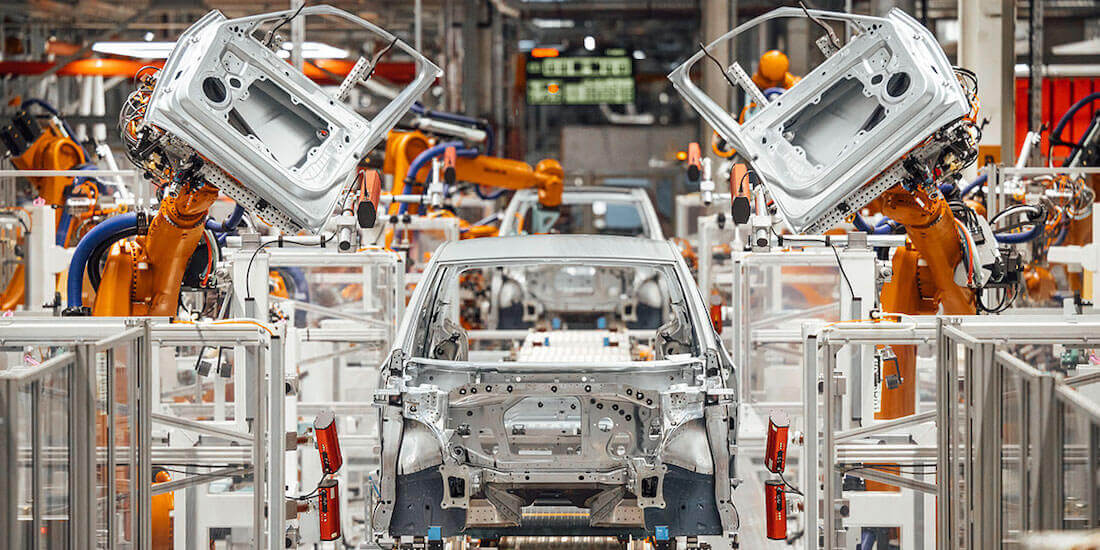 smart manufacturing volkswagen ID.4 electric SUV