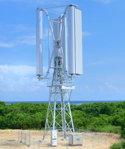 凱風の多い石垣島に設置されたチャレナジーの10kW風力発電試験機