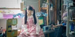 La créatrice Kyun_kun prend la mode robotique à bras-le-corps