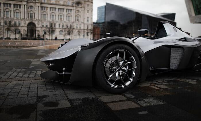 BAC Mono : roue conçue par conception générative