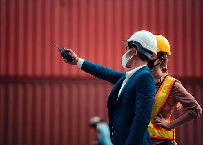 Port du masque sur les chantiers après réouverture suite au COVID