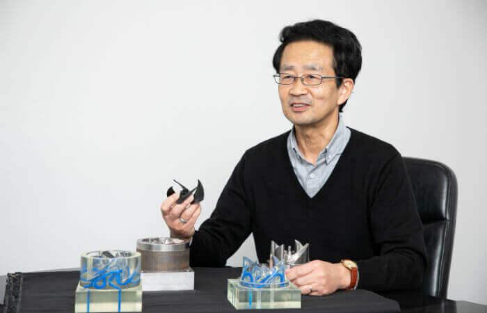Injection plastique : Seiichi Uemoto au Centre d'ingénierie de production de Life Solutions Company de Panasonic
