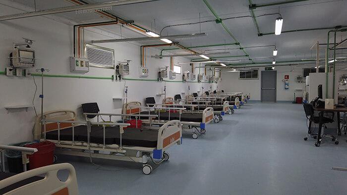 Hôpitaux modulaires : à l'intérieur d'un hôpital construit par CEMEX.