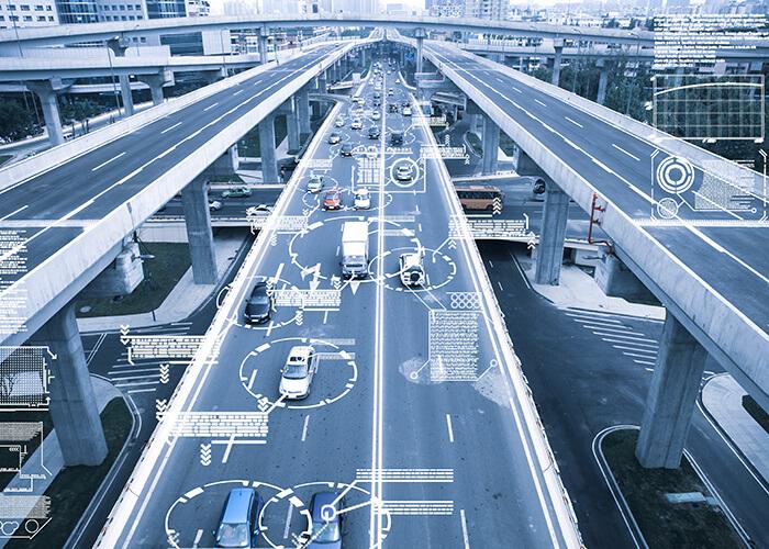 Équipements de connectivité embarqués et externes pour infrastructures routières