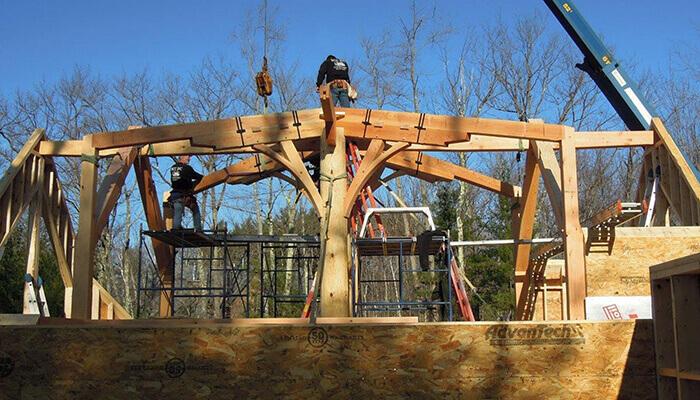 Un exemple de structure en bois hybride