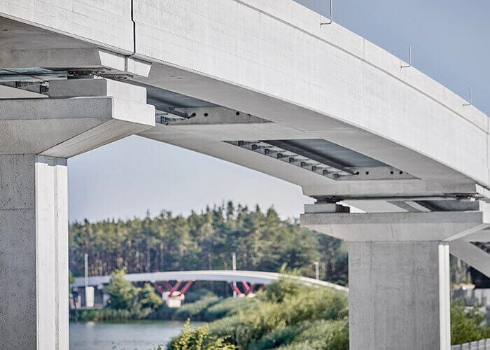 tecnologia maglev - Il binario è realizzato in calcestruzzo e, insieme al carrello del veicolo, costituisce parte integrante del sistema di trasporto Bögl.