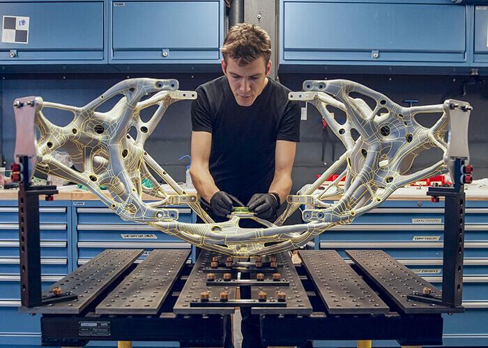 piante robot Un quadrupede creato dalla NASA con il generative design per le esplorazioni di pianeti lontani.
