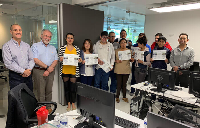 disability employment incluyeme participants display diplomas