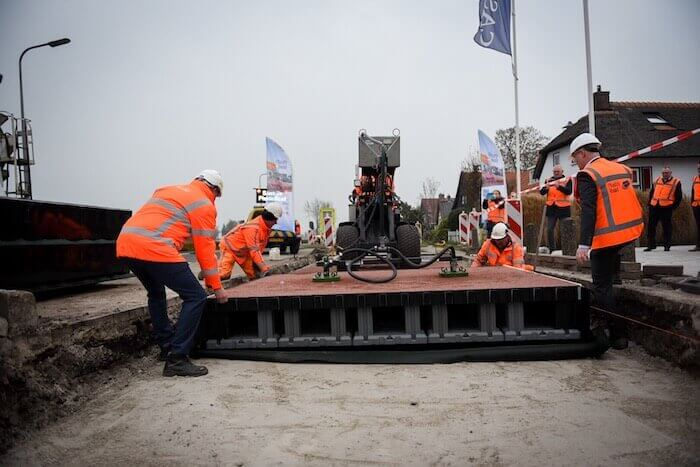 construction-technology-2020-plasticroad