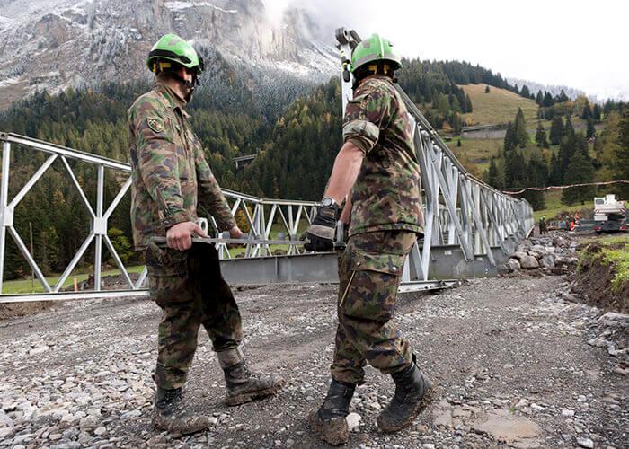 modüler köprüler çalışanlar