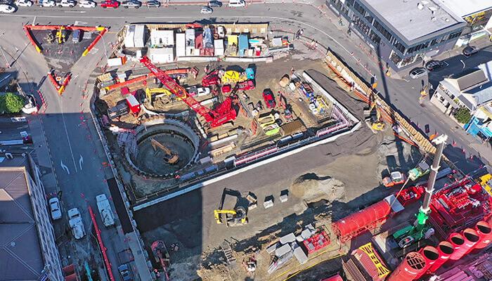 auckland toplu taşıma yenilen Karangahape İstasyonu'nun inşaatı